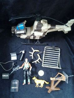 Swat Team Gear Action Figure Helicoptor Hunting Pieces Accessoeries