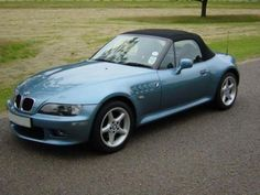 BMW Z3 roadster... I mostly like Classics but I must say there's something about this I love.