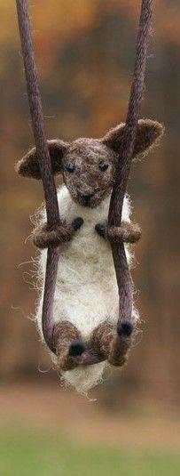 Delightful Etsy Find :: Motley Mutton's tiny felt animals | Little Wool Maus