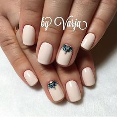 58 ideas nails design winter brides for 2019 Gel Nail Art, Nail Manicure, Toe Nails, Pink Nails, Swarovski Nails, Rhinestone Nails, Fabulous Nails, Gorgeous Nails, Stylish Nails