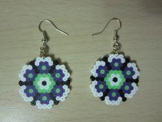 Pendientes flor hama beads