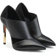Balmain Leather Pumps (1.432.530 COP) ❤ liked on Polyvore featuring shoes, pumps, heels, balmain, black, heel pump, pointy-toe pumps, stiletto pumps, heels stilettos and black leather shoes