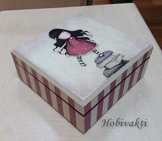 Canan'ın boyadığı kutular.        Biz bu gorjuss kızları çok sevdik. :)