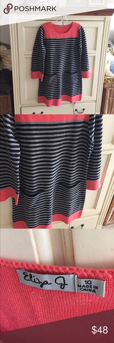 Eliza J striped knit dress with front pockets Eliza J striped knit dress with front pockets. A great fall and winter look!!! Eliza J Dresses