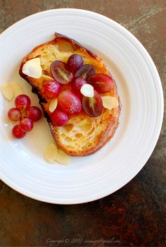 French toast and grapes