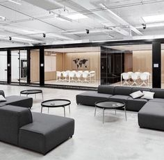 Glass partition walls, open office lounge or lobby. If it's office furniture or office design, we can help! Open Space Office, Bureau Open Space, Loft Office, Office Lounge, Office Space Design, Office Workspace, Office Interior Design, Office Designs, Office Ideas