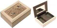 Ékszertartó doboz, ékszerdoboz fém díszítéssel