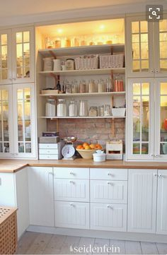 Küchen make-over * little kitchen make - over Life Kitchen, Kitchen Pantry, Country Kitchen, New Kitchen, Kitchen Storage, Kitchen Ideas, Country Life, Kitchen Modern, Kitchen Layout