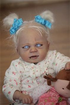 Vampire & Zombie Baby Dolls Are Super Cute . If You're Into Super Creepy… Live Baby Dolls, Reborn Baby Dolls, Zombie Dolls, Scary Dolls, Gothic Dolls, Victorian Dolls, Halloween Doll, Halloween Party, Halloween 2019