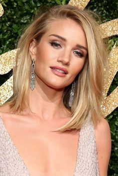 Rosie Huntington-Whiteley look book | Glamour UK