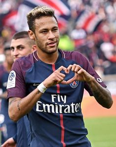 Once again in a PSG shirt, Neymar terrorised the opposition in an easy win Messi Soccer, Soccer Boys, Play Soccer, Solo Soccer, Soccer Sports, Nike Soccer, Soccer Cleats, Real Madrid League, Neymar Jr Wallpapers