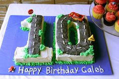 10 shaped cake with
