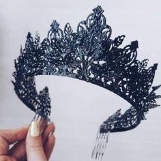 Crown blank metal base base for crowns metal base for crow crown metal base crown elements Crow Cute Jewelry, Hair Jewelry, Jewellery, Fascinator Wedding, Make A Crown, Lunette Style, Steampunk Cosplay, Gold Crown, Wire Crown