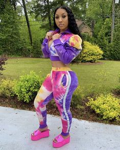 Ivy Fashion, Black Girl Fashion, Fashion Outfits, Curvy Girl Outfits, Cute Outfits, Casual Summer Outfits, Spring Outfits, Dreads Girl, Purple Pants