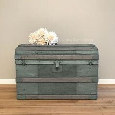 DIY Metal Trunk Makeover using Maison Blanche Black Lime Wax - Captiva Home Decor Blue Painted Furniture, Painted Trunk, Repurposed Furniture, Shabby Chic Furniture, Furniture Ideas, Refurbished Furniture, Furniture Redo, Trunk Makeover, Trunk Redo