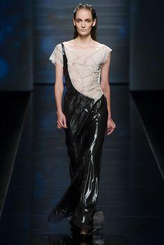 Alberta Ferretti Spring 2013 Ready-to-Wear Collection Photos - Vogue