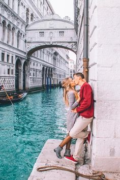 💕✈️ Travel couple goals created by ↡ 📍Made in Venice, Italy 🇮🇹 and remember, tag us or use so we can feature your photos! Venice Photography, Couple Photography, Travel Photography, Venice Travel, Italy Travel, Travel Europe, Travel Usa, Travel Pictures, Travel Photos
