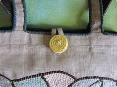 Сумка текстильная | Страна Мастеров Rag Quilt, Quilts, Sewing Art, Burlap, Reusable Tote Bags, Embroidery, Hessian Fabric, Quilt Sets, Log Cabin Quilts
