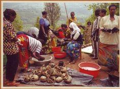 Fosse commune découverte après le génocide