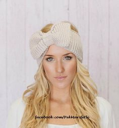 Knitted Bow Headband LARGE Bow Ear Warmer Vanilla Latte- I want to try and do this in crochet Looks Style, Looks Cool, Style Me, Do It Yourself Fashion, Fashion Beauty, Womens Fashion, Fashion Models, Fashion 2014, Bold Fashion