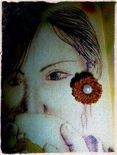 Brown stud crochet earrings by Maria's Gantsilyoใ๑ง