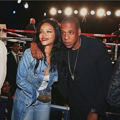 #Rihanna and #JayZ were spotted earlier at Madison Square Garden in NYC for a #ThroneBoxing match #RocNation  #OooLaLaBlog #RihannaNavy