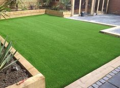 Looking for artificial grass Perth? Get best & affordable artificial grass installation in Perth. To know artificial grass cost, price or quote call now! Back Garden Design, Backyard Garden Design, Backyard Patio, Garden Turf, Astro Turf Garden, Backyard Ideas, Desert Backyard, Garden Grass, Dog Garden