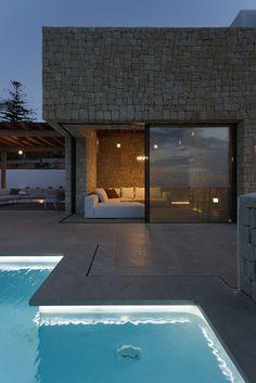 Gallery of Driessen House / Antonio Altarriba Arquitecto - 8