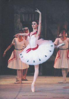 s o m a y m a l o u. ✯ Ballet beautie, sur les pointes ! ✯