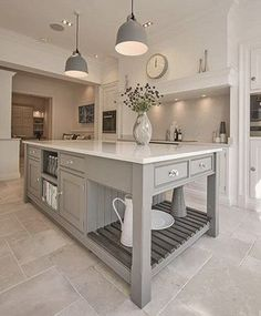 Shaker Kitchens - Warm Grey Shaker Kitchen - Tom Howley
