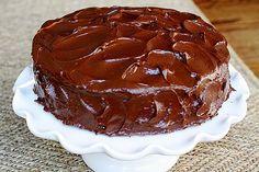 Brigadeiro de batedeira é ideal para cobrir bolos. (Foto: Thinkstock)