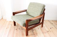 http://maisonnordik.com/works/fauteuils-teck-kvadrat-maison-nordik-mnf077