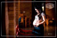 A gravidez é um momento único na vida de um casal e por ser uma fase tão importante merece um belo registro. O casal junto com o fotógrafo escolheram o Galpão Mix para este ensaio fotográfico. Algumas imagens foram tiradas durante o dia,  aproveitando a iluminação natural e a beleza do Galpão, outras foram registradas em preto e branco.  #galpaomix #galpaomixpenedorj #penedo #penedorj #espacoparaeventos #ensaiofotografico #ensaiodegestante #foto #fotografia #gestante #gravida