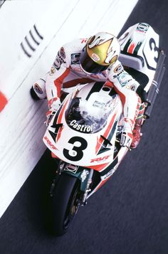 the view from above | John Kocinski, Castrol HRC-Honda RC45, 1997 Italian World Superbike round, Monza