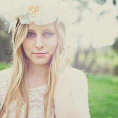 Bohemian and rustic chic bride and bridesmaid inspiration