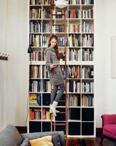 bookshelf wall    source: Toast UK House & Home Catalog 2011
