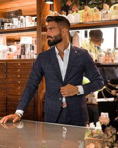 Suit Fashion, Mens Fashion, Hunks Men, Turkish Men, Italian Men, Dapper Men, Well Dressed Men, Hair And Beard Styles, Haircuts For Men