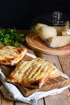 Fagottini ai quattro #formaggi | Farina lievito e fantasia #cheese #recipe