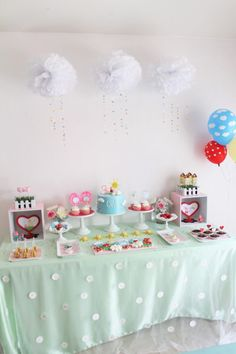 """My daughter loves Peppa Pig, so I planned a Peppa Pig Birthday party. Her favorite episode is called """"Golden Boots"""" so I used that episode for my planning. Pig Birthday, 4th Birthday Parties, Birthday Ideas, Charlie E Lola, Circo Do Mickey, Show Da Luna, Pig Party, Project Nursery, Diy For Kids"""