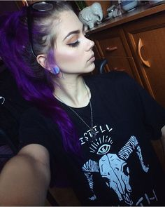 I just recieved this badass tee from @problemchild.clothing   I STILL FEAR DEATH   #tee #tshirt #problemchild #problemchildclothing #vpfashion #purplehair #manicpanic #purplehaze #makeup #lipstick #eyeliner #wingedeyeliner #opaliteplug #plug #snakebite #pierced #piercing #glasses #necklace #longhair #wavyhair #highlight #highlighter #nyxhungary #nyxcosmetics #beauty_features  Extensions from @vpfashion (couponcode: lastfeast) Lipstick and highlighter from @nyxhungary  Eyeliner from @ma...