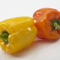 Bell Peppers (red, green, yellow, orange) | NutriLiving  The color of the bell pepper changes as it ages. Sweet tasting red peppers are actually mature green bell peppers. Red, orange and yellow bell peppers are more sweet compared to green's bitter taste.  They are great sources of antioxidants vitamin C and vitamin A, containing about 290% of the daily value of Vitamin C and 105% of the daily value of vitamin A.