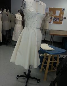 some projects for La Salle College Draping, New Work, White Dress, Behance, Check, Projects, Fashion Design, Dresses, Log Projects