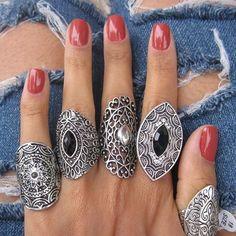Max Anéis 💍. R$14,99  Compre pelo site: www.amoralora.com.br #amoralora #rings