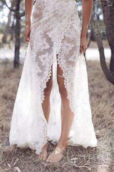 Karen Willis Holmes lace wedding dress 04