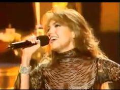 Thalia - No me Enseñaste Live at Latin Grammy 2002