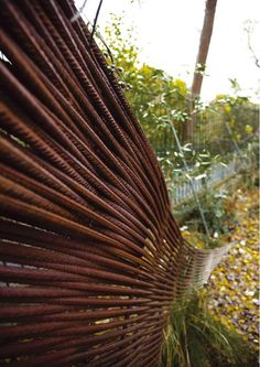 Composting shed / garden store made of wooven rebars and Corten steel by Groves Raines Architects at Inverleith Terrace, Edinburgh photos by Dan Farrar Rusted Metal, Metal Fence, Metal Gates, Landscape Architecture, Landscape Design, Garden Screening, Garden Compost, Pallet Gardening, Exterior