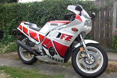 1988 Yamaha FZ600