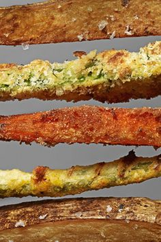 Try our Organic, Gluten Free White Rice Flour for these tasty Crunchy Carrot Fries! What a great, more healthy alternative to traditional french fries. Beans Fry Recipe, Fries Recipe, Parmesan Zucchini Fries, Carrot Fries, Fried Green Beans, Veggie Fries, Tasty, Yummy Food, Gourmet