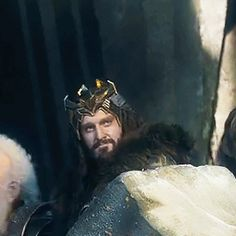 (gif) - so i was watching the scene in botfa where dain arrives and....this smile! *_*