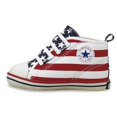 Star Spangled Baby Converse All Stars Baby Converse, Converse All Star, Fashion Mag, Kids Fashion, Kid Shoes, Baby Shoes, Old Glory, Star Spangled, Vans Sk8